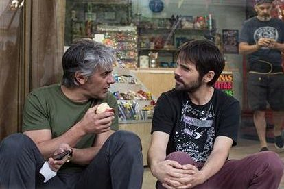 Pablo Pérez estrena «El kiosco»: «La película habla de los sueños y el precio que uno paga por cumplirlos»